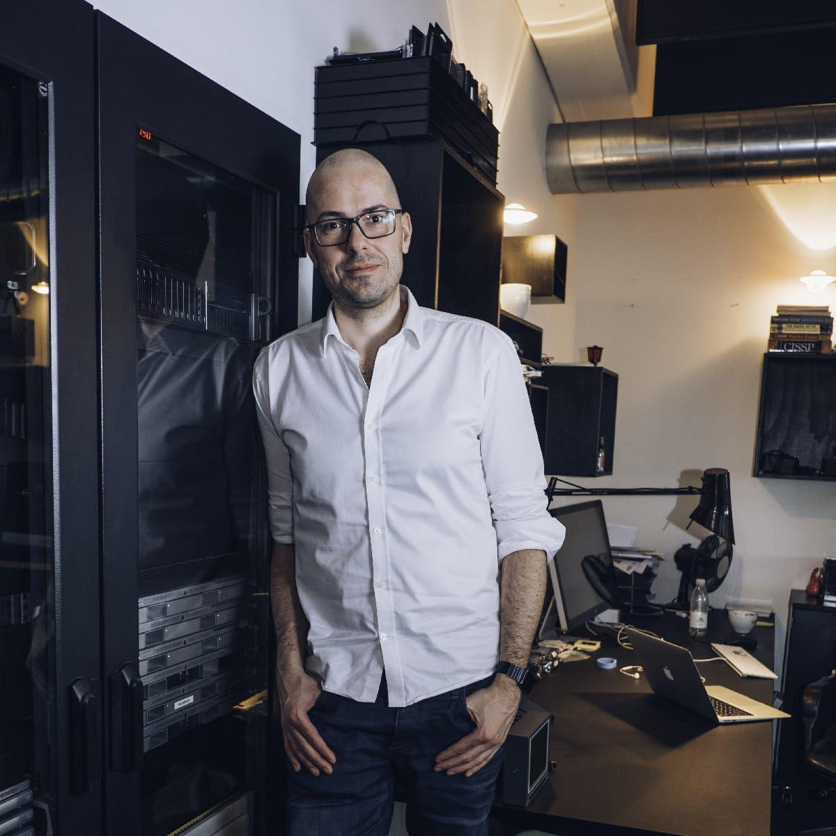 Elements - M2Film Thomas Knudsen